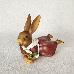 Coelha de resina deitada