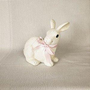 Coelho branco de resina - 13cm