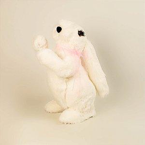 Coelho branco de pelúcia com fita rosa 30cm