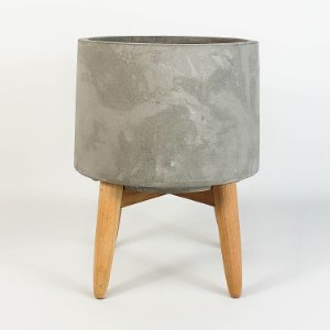 Cachepot de Concreto c/ Pé de Madeira - 18cm
