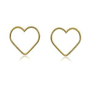 Brinco coração vazado banhado a ouro