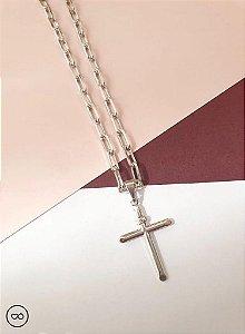 Corrente cartiê masculina banhada a ródio branco com pingente de cruz