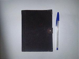 Caderno retrô capa couro vermelho estonado