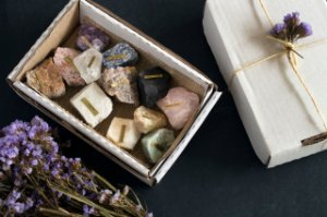 Kit Pedras Brutas (contém 12 pedras sortidas)