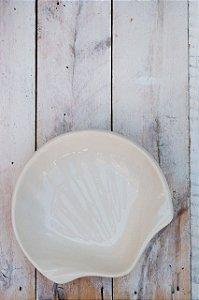 Prato Decorativo em Cerâmica - Concha Média Branco
