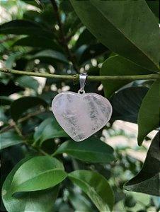 Pingente de Quartzo Rosa formato coração