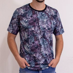 Camiseta Masculina Manga Curta Estampa Bordô