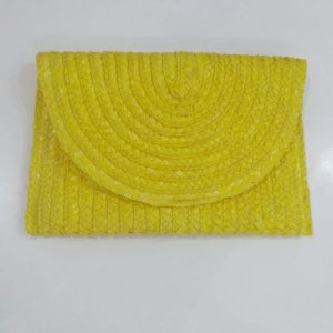 Carteira de Mão em Palha - Amarelo