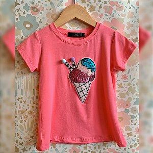 T-Shirt sorvete casquinha pompom