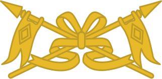 Metal EB Cavalaria Gola