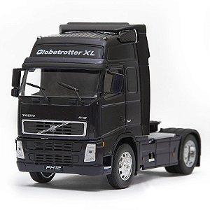 Caminhão em Miniatura Volvo FH Globetrotter