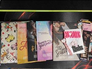 Caixa literária Plus - Coleção Romances de banca (Valor depósito/Picpay: R$ 120,00)