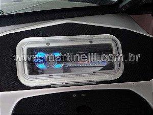 Protetor Capa de Radio Som CD transparente com base branca.