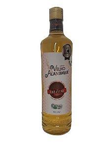 Cachaça Velho Alambique Premium Amburana 700ml