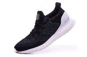 Tênis Adidas Ultra Boost SNS - Masculino - Preto/Branco