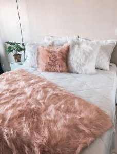 Almofada Fluffy Pillow - Rose Gold