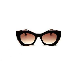 Óculos de Sol Gustavo Eyewear G108 5. Cor: Preto e animal print. Haste animal print. Lentes marrom.