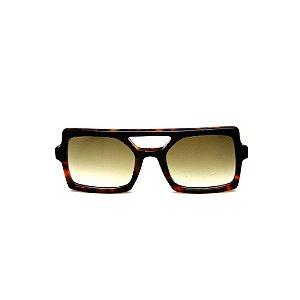 Óculos de Sol Gustavo Eyewear G114 4. Cor: Preto e animal print. Haste animal print. Lentes marrom.