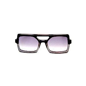 Óculos de Sol Gustavo Eyewear G114 11. Cor: Preto e fumê translúcido. Haste preta. Lentes cinza.