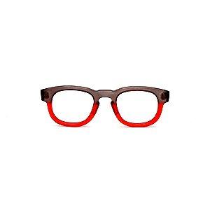 Armação para óculos de Grau Gustavo Eyewear G41 5. Cor: Fumê e vermelho translúcido. Haste fumê.