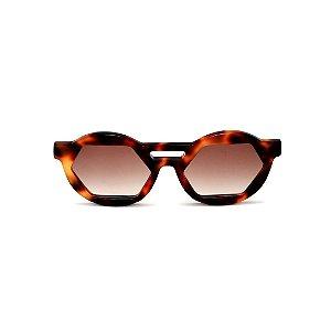 Óculos de Sol Gustavo Eyewear G134 3. Cor: Animal prit. Haste animal print. Lentes marrom.
