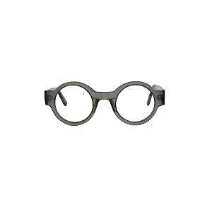 Armação para óculos de Grau Gustavo Eyewear G62 200. Modelo masculino. Cor: Fumê translúcido. Haste preto.