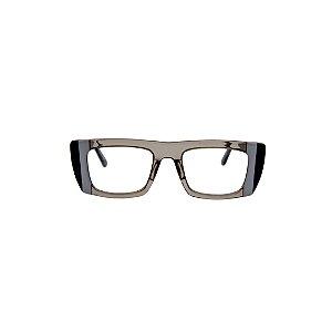 Armação para óculos de Grau Gustavo Eyewear G80 3. Cor: Fumê com listras cinza e preto. Haste preta.