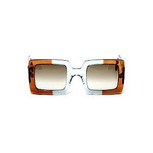 Armação para óculos de Grau Gustavo Eyewear G1 3. Cor: Caramelo e acqua translúcido. Haste caramelo. Lentes marrom.