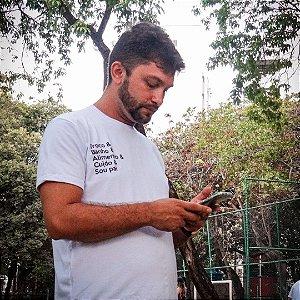 Camiseta Masculina [TROCO, BANHO, ALIMENTO, CUIDO, SOU PAI]