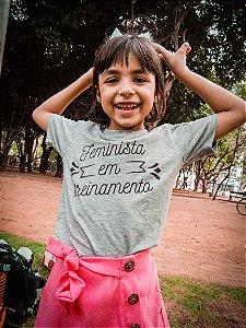 Camiseta Infantil [FEMINISTA EM TREINAMENTO]