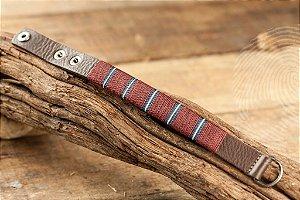 PULSEIRA - Bracelete em couro e mescla de fios bordô com regulagem