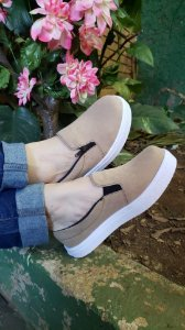 Tênis Slip On Zíper Nude Camburi
