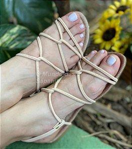 Sandália Rasteira Nude Cruzada Sola Glitter
