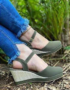 Sapato Anabela Verde Militar