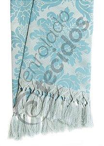 Manta para Sofá em Tecido Jacquard Azul e Prata 1,80m X 1,40m
