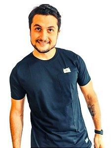 Camiseta com Bolso Frontal Gatinho