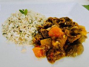 10 - Carne de panela c/ legumes, arroz integral e salsa - refeição congelada