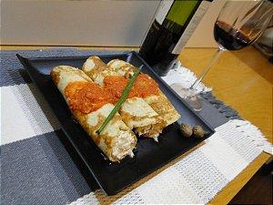 23 - Panqueca de aveia com recheio de peito de peru e ricota - refeição congelada