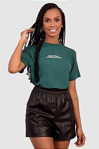 T-Shirt Feminina Verde Com Estampa Localizada