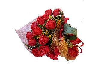 Buquê de 12 Rosas Vermelhas Importadas