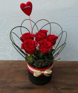 Buquê de 6 Rosas na Caixa