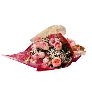 Buquê de 12 Rosas Rosa Com Ferrero