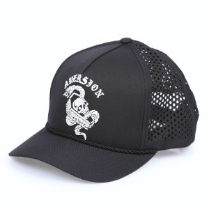 ÚLTIMAS PEÇAS |Boné Aversion Performance Trucker Snapback Aba Curva Preto - Model Skull