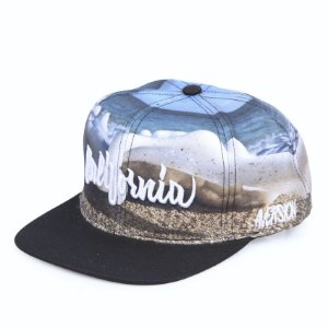 ÚLTIMAS PEÇAS |Boné Aversion Snapback Aba Reta Estampado - Model California