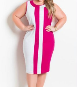Vestido Bicolor Plus Size Púrpura e Branco