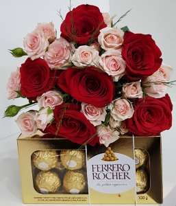 Mimo Rosas Colombianas Com Rosa Spray e Ferrero