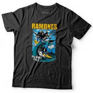 "CAMISETA RAMONES ""ROCKAWAY BEACH"""