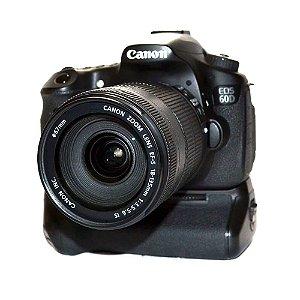 Câmera Canon EOS 60D com Lente EF-S 18-135mm IS e Grip Canon BG-E9 Usada