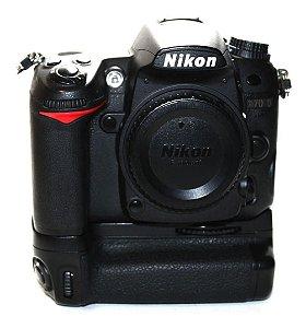 Câmera Nikon D7000 Corpo com Grip Polaroid Similar MB-D11 Usada