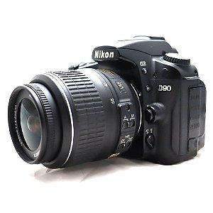 Câmera Nikon D90 com Lente 18-55mm DX VR Usada
